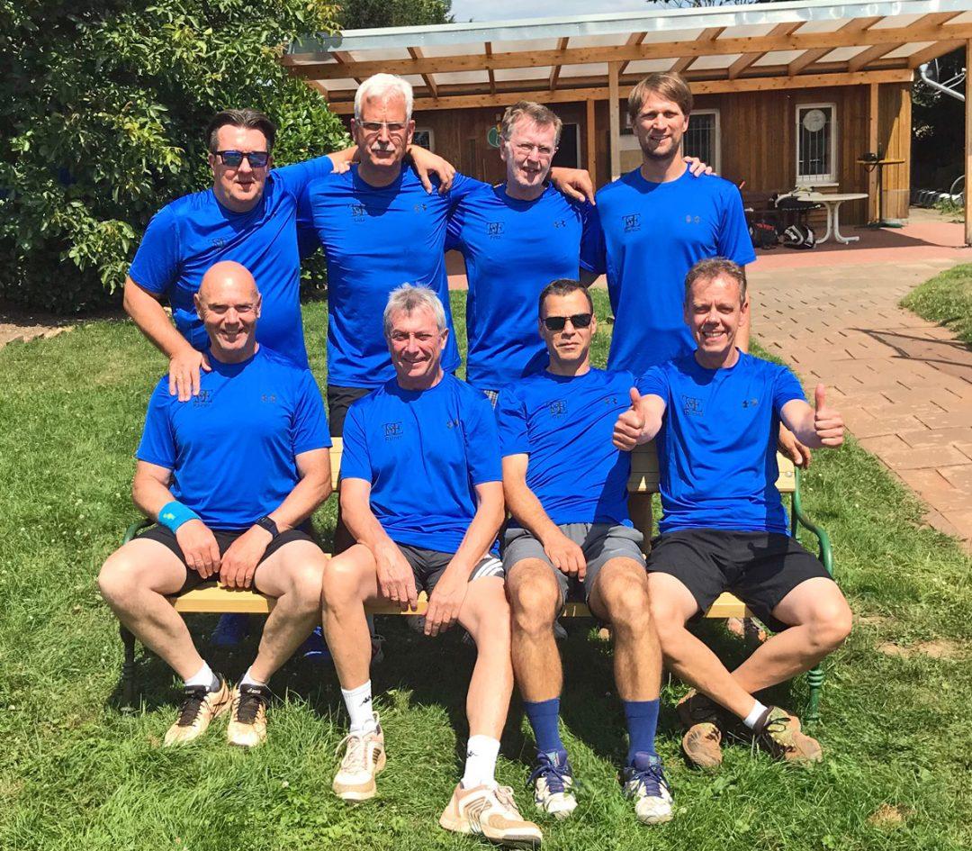 8 Männer der Herren 40 Mannschaft